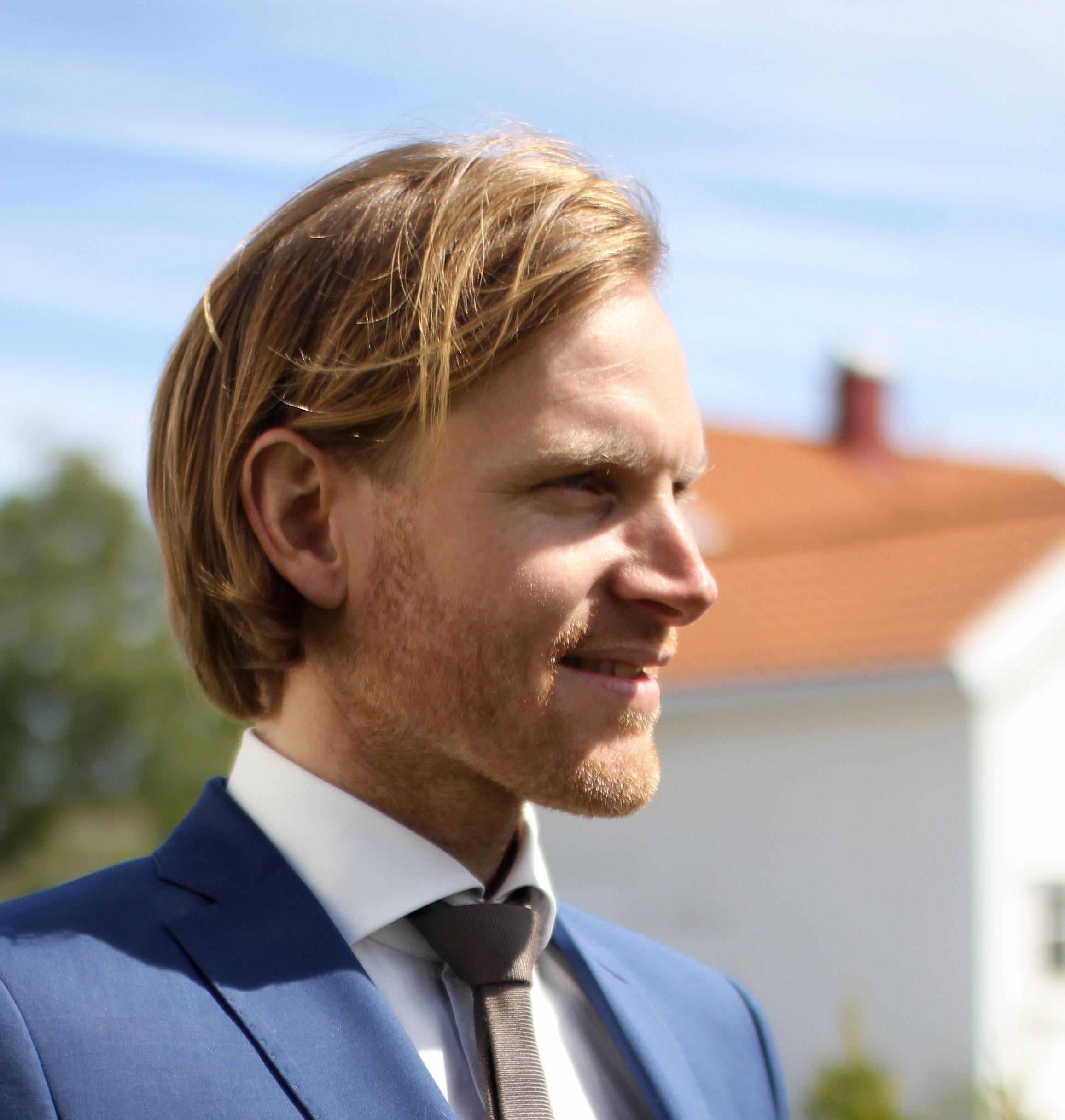 Morten Ahlbom1