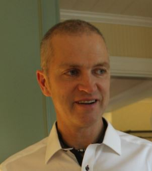 Lars Hellgren